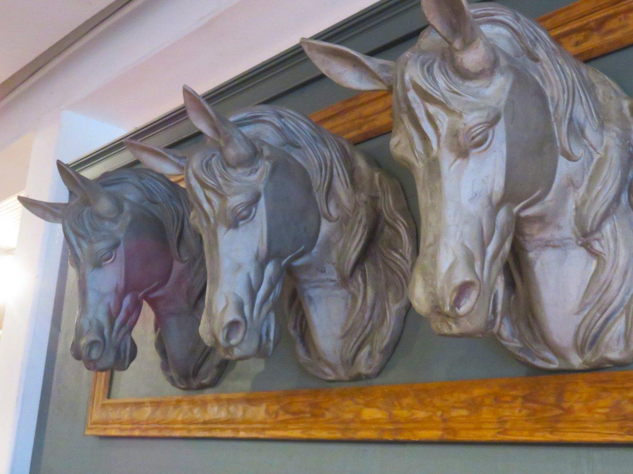 horse head wall sculptures