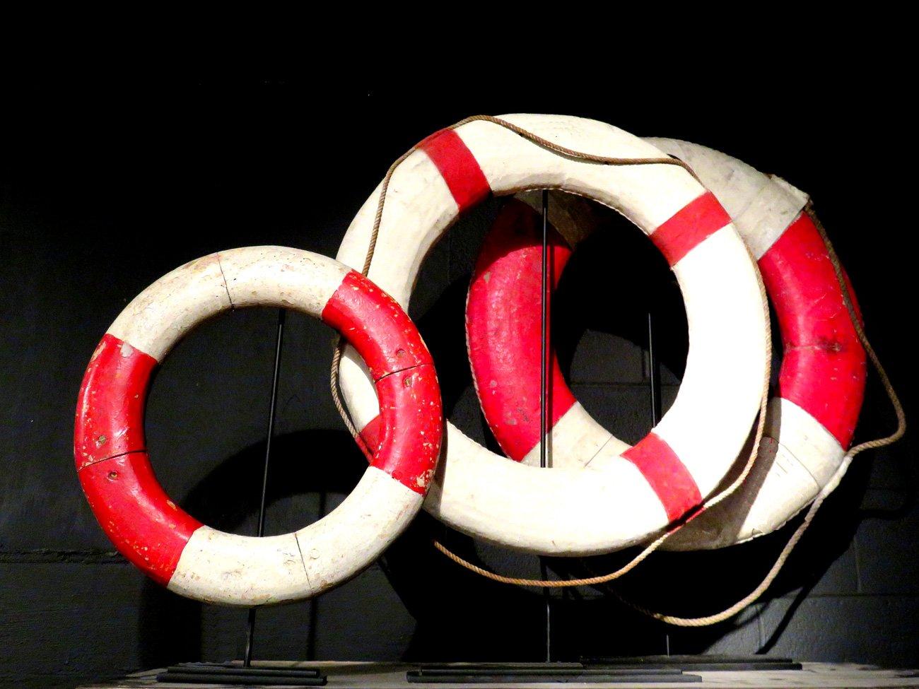 vintage floating life preserver