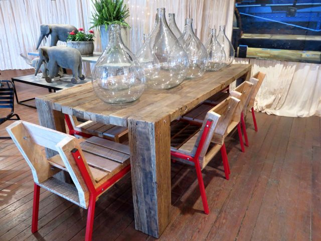 Natural Wood Oak Dining Table