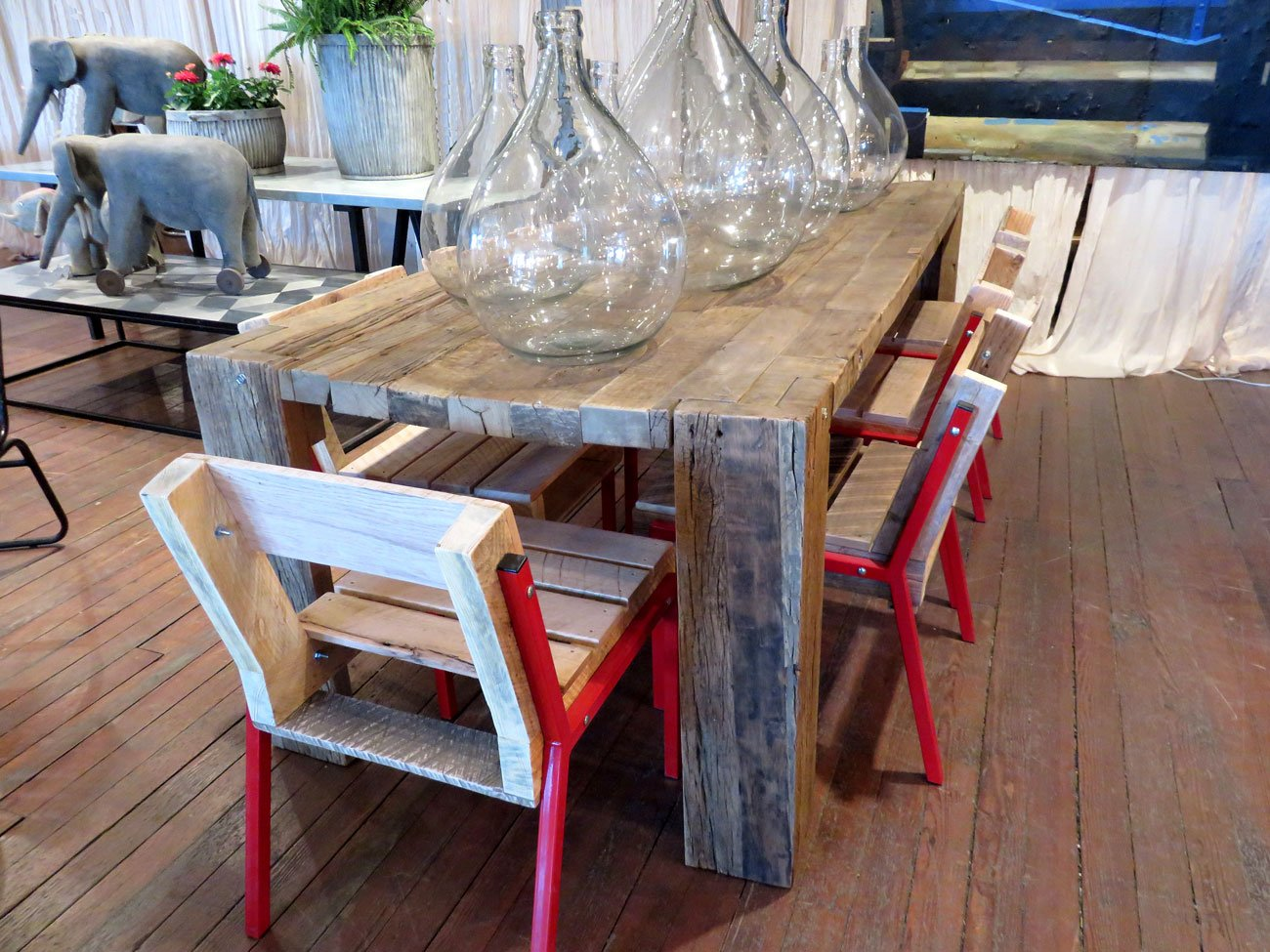 wood oak dining table