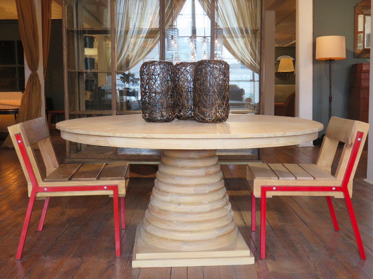 solid pine pedestal table